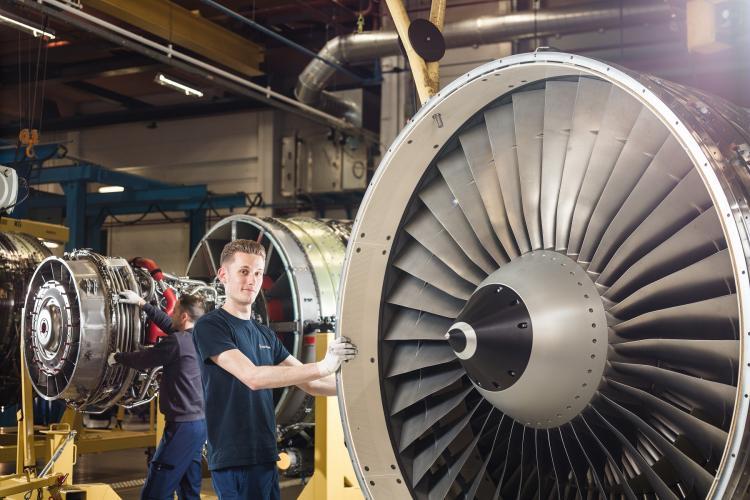 Assembly of CFM56 engine
