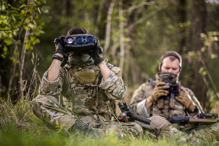 Soldier with JIM LR:Long-range multifunction cooled infrared binoculars Soldier with Osteophonic band & GETAC tablet (SICS disembarked)