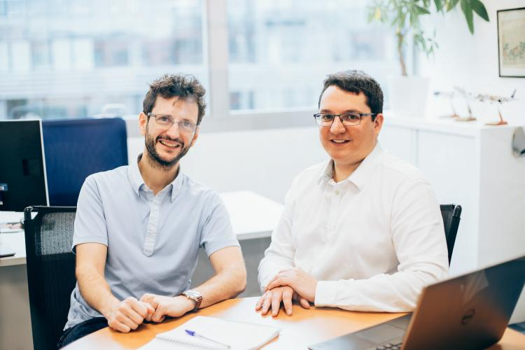 Portrait of Victor, Flight Safety Engineer and Julien, Software Architect at Safran Electronics and Defense