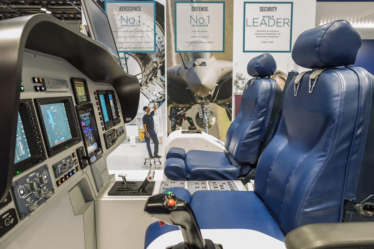 Cockpit Displays and controls (Safran Electronics & Defense)