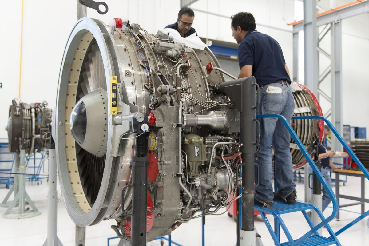Traning course of maintenance repair (UNAQ) University aeronautical of Queretaro