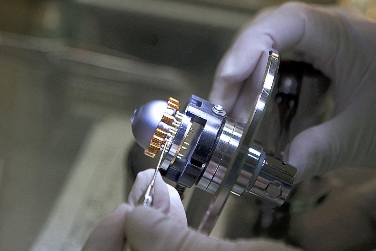 HRG (Hemispherical Resonator Gyroscopes)