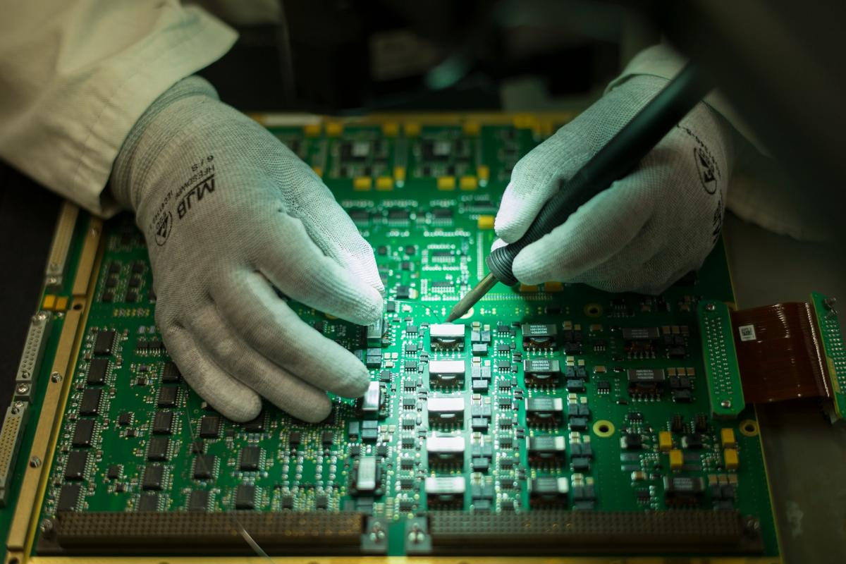 Brazing of electronic card (LEAP)