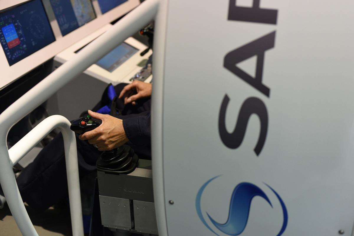 Active side stick unit (Safran Electronics & Defense)