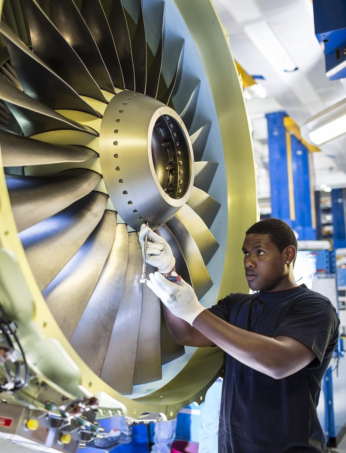 Assembly - CFM56-7B engine