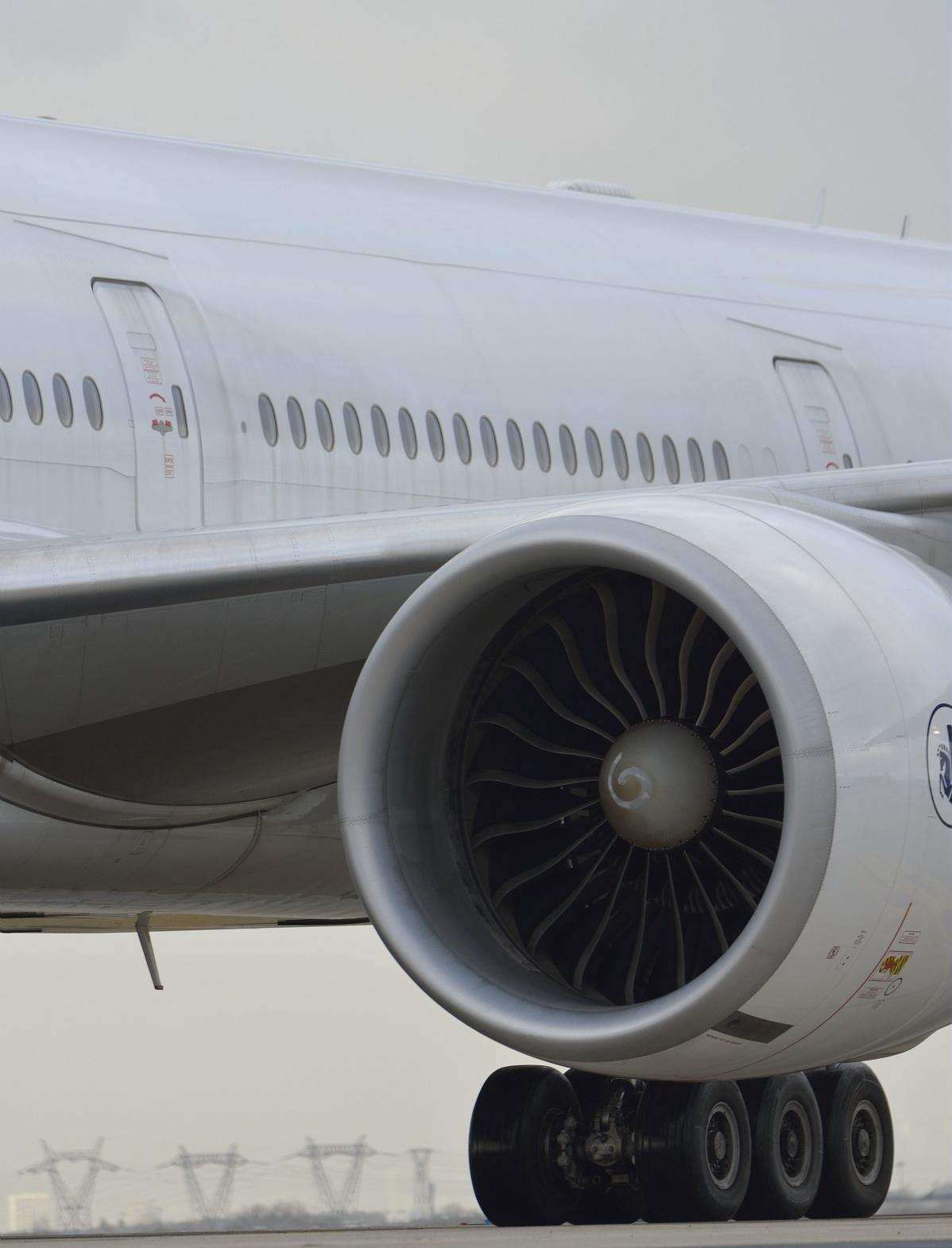 B777-300ER company Air France equipped with GE90-115B
